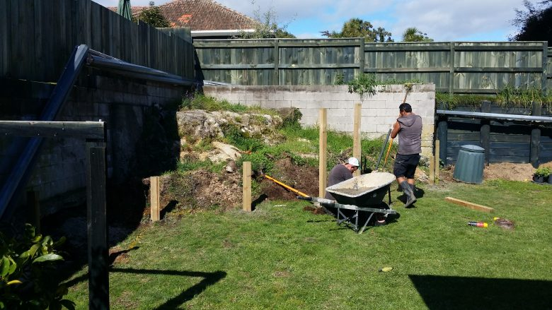Lewis Landscaping - Rotorua - Rock raised retaining garden - before